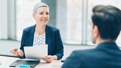 Rekrutterer gir ut en fast ansettelse.